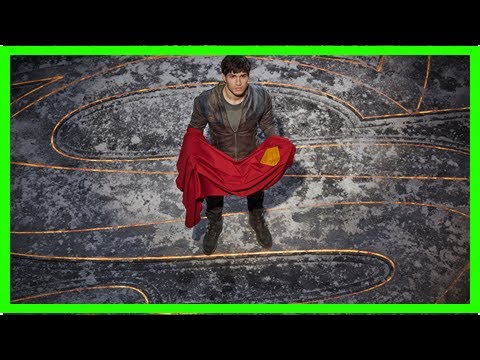 'Krypton' Review: A Fun Show About An Alien World Gets Weighed Down By The Superman Stuff