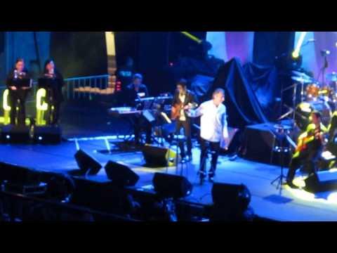 Take this Love - Joe Pizzulo (Sergio Mendes) Live in Manila 2013