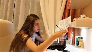 LIFE VLOG: Крутые Обои в Телефоне у Лики/ УРА у Нас Каникулы!!!