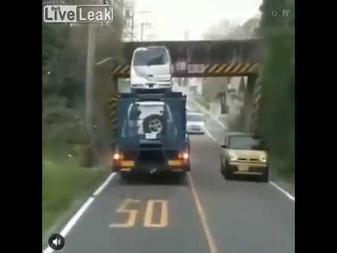 Eddie & Rocky - VIDEO: Truck Misjudges Height of Overpass, Wrecks Van
