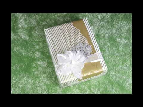 How to Gift Wrap an Elie Saab Fragrance Set Using Japanese Fanned-Out Pleats