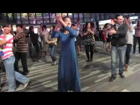 Flamenco flash mob 2012 in china 4 youtube sciox Choice Image