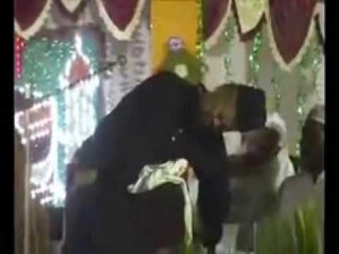 Hazrat Moulana Qari Raziullah Chaturvedi Alaihi Rahma Dies on the Mimbar e Rasool ﷺ