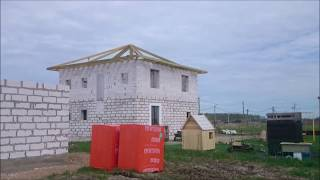 СТРОИМ ДОМ ИЗ ГАЗОБЕТОНА. Стропильная система вальмовой крыши с опиранием на балки. Часть 1.