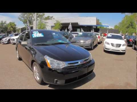 Autoline's 2010 Ford Focus SE Walk Around Review Test Drive