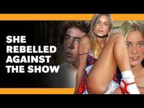 This Brady Bunch Photo CAN'T Be Unseen! | Crazy Brady Bunch Facts