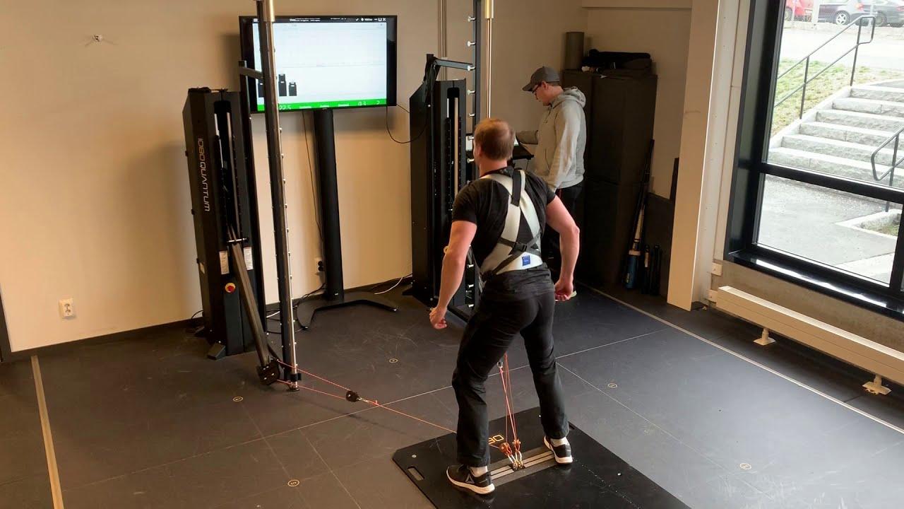 1080 Quantum isokinetic belt squat - bilateral