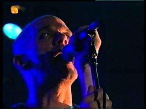 R.E.M. - Find The River - Switzerland, 1999 (5/9)