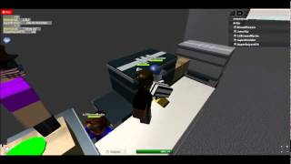 ROBLOX - 2 People behind a crate!