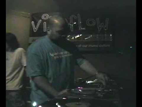 DJ Bone @ rhythmworkshop 10-10-2003