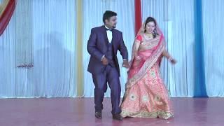 Couple dance (bride and groom) on ring ceremony sangeet on dhol yara dhol, m hu hero tera, tum mile