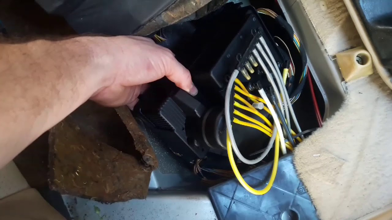 1995 s500 w140 mercedes remove softclose pump and door lock pump