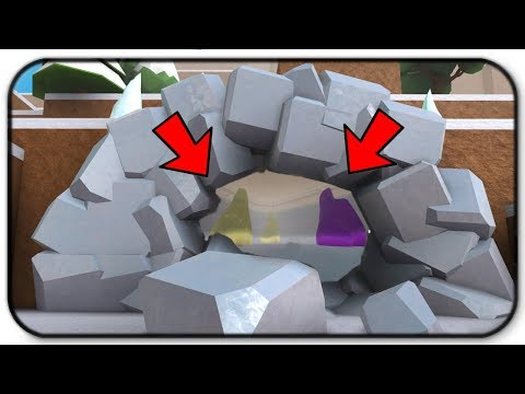 (Code) How To Enter The Ice Cave In The Ice Mountain Expansion - Roblox Snow Shoveling Simulator