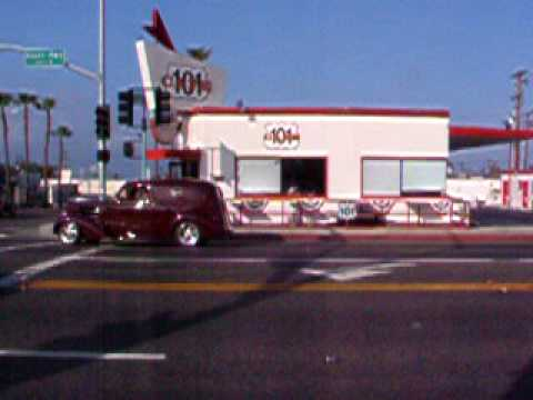 Cool cars cruising the 101 Cafe, Oceanside CA
