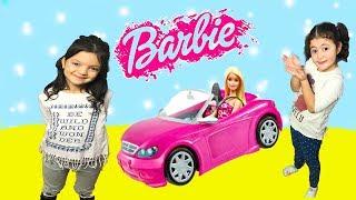 MASAL VE ÖYKÜ BARBİE'YE ARABA ALIYOR! BARBİE ÇOK ŞAŞIRIYOR  Barbie's NEW Car!  Funny Kids Videos