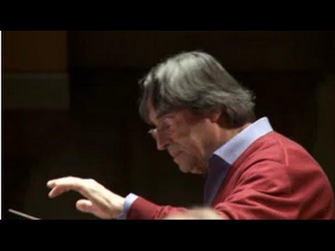 Riccardo Muti Conducts the Philharmonia Orchestra
