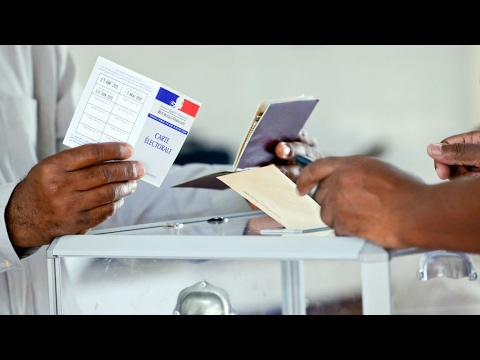 French presidential election: Polls open overseas in final round