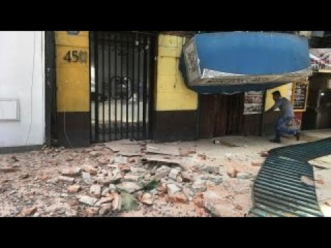 Powerful 7.1 earthquake shakes Mexico City