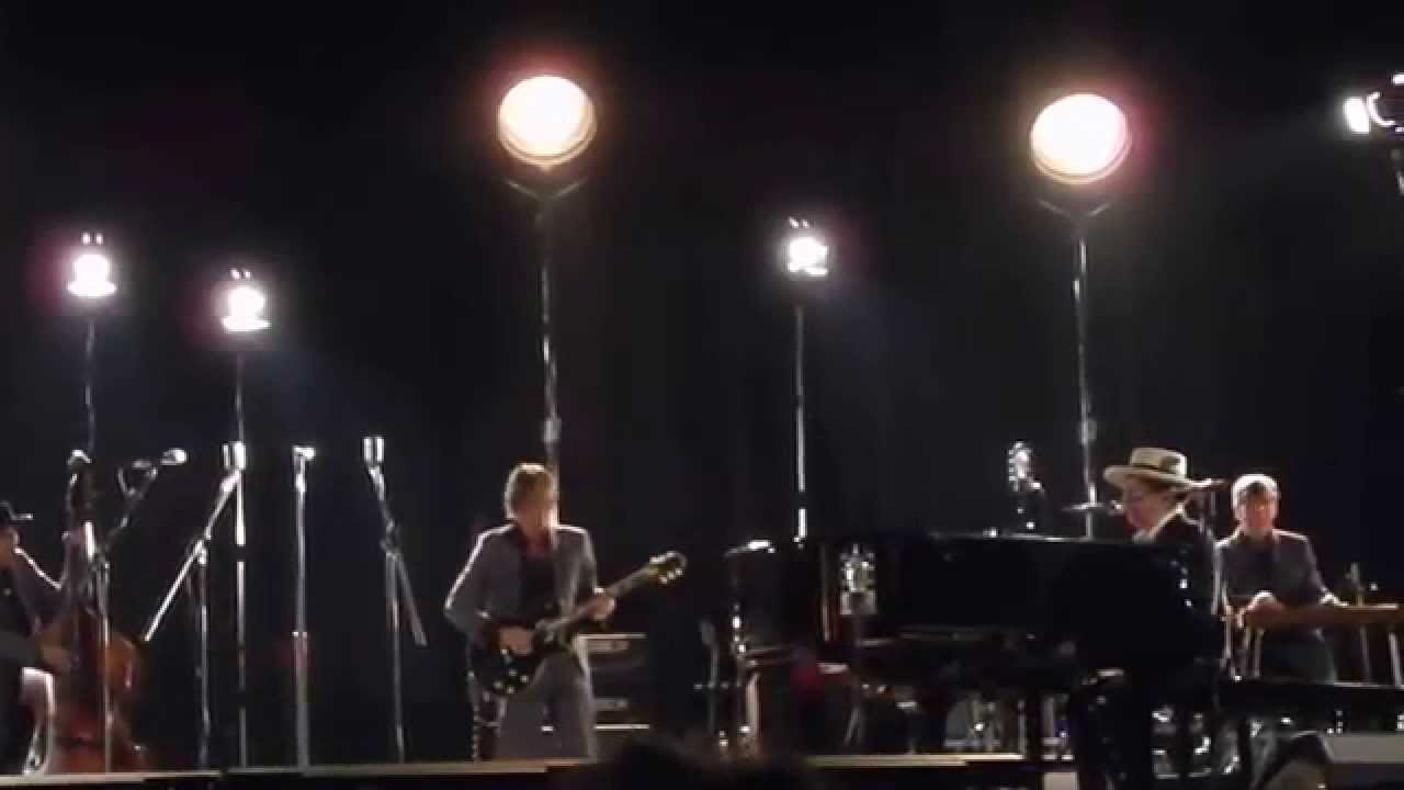 BOB DYLAN - Duquesne Whistle - live in Locarno/Switzerland ...
