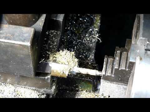 Фрезеруем гайку на токарном станке ТВ-4 с помощью копира / Making nut on the lathe using the copier