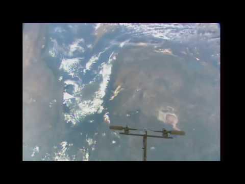 UFO OVNI,NASA WTF, Strange Extraterrestrial On ISS HD LIVE Stream