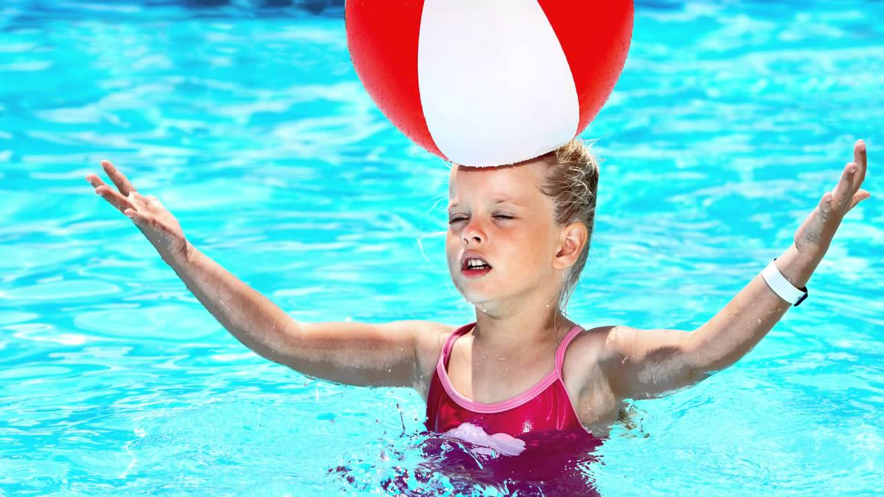 Swimming Pool Games For The Family Youtube