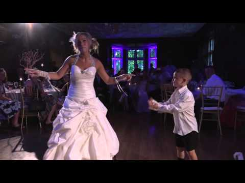 Surprise Dance Mother and Son - 6 yr old choreographed Best Mother Son Dance Surprise at Wedding