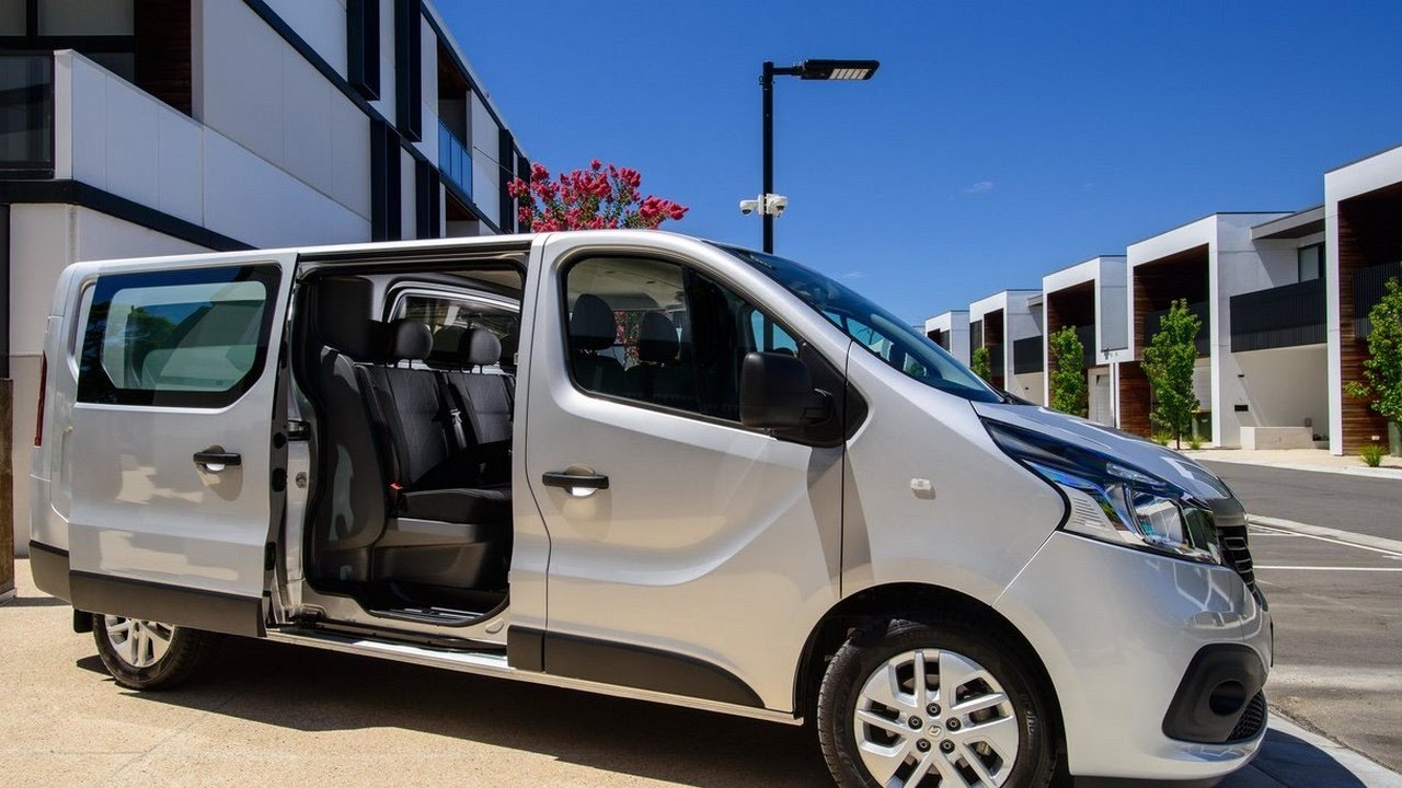 2018 renault trafic. wonderful trafic 2018  review renault trafic crew and renault trafic e
