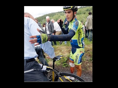 Contador Climbs a Mountain on a Broken Leg
