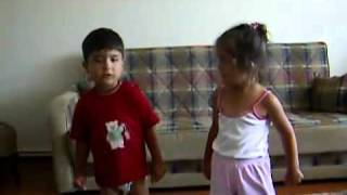 Elif ve Emre Dans Ediyor