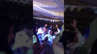 sonam kapoor mehendi function dance