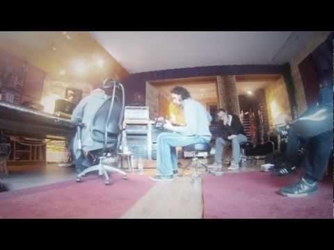 Donkey Pilots - Woodhouse Studios: Guitar recordings von YouTube · Dauer:  31 Sekunden