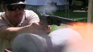 Penetration test: Walker vs 1860 Colt Army vs rifle musket