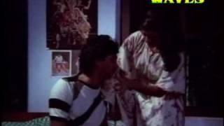 Mohanlal & Shobhana ~ Rare scene Malayalam Movie ABHAYAM THEDI