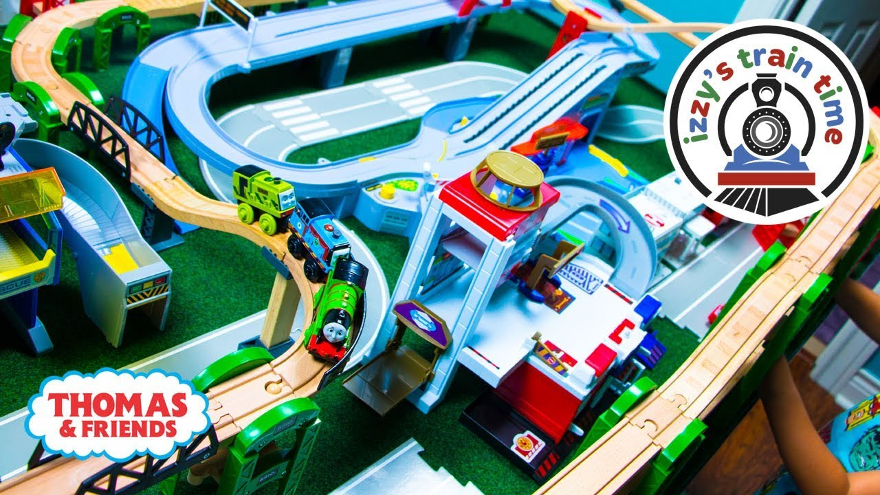 Thomas And Friends Thomas Elevated Track Challenge With
