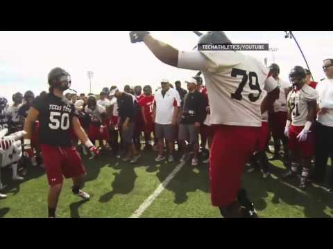 Kliff Kingsbury and Texas Tech Have Epic Dance Off