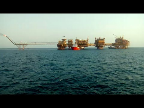Offshore helicopter landing, barge and platform