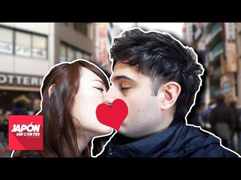 BESARSE PÚBLICAMENTE EN JAPÓN ¿MAL VISTO?