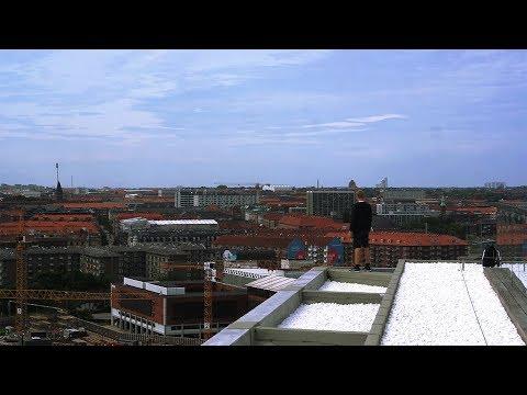 Copenhagen Rooftops | Free Climbing & Exploring