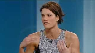 Gambar cover Rookie Blue's Missy Peregrym On Her 'Horrible' First Kiss