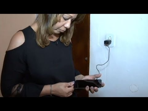 Patrulha Do Consumidor: Mulher Luta Há Mais De Um Ano Para Trocar Aparelho De Celular