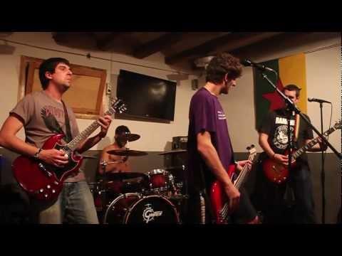 Kaso Zerrado - Resum Concert Riudoms 21-04-2012