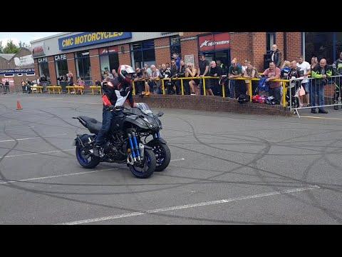 CMC Stunt Show Part 1. Yamaha Niken!