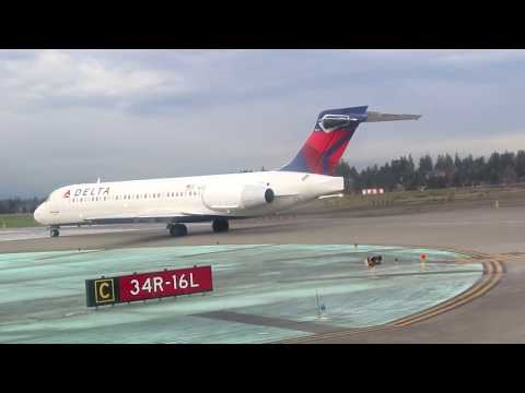 FIRST TIME ON A MAD DOG! Delta MD95 Seattle to San Diego (Unseen Footage From 2016)