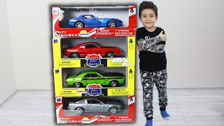 Yusuf helps Uncle and take Toy Cars Gift