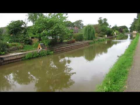 A look to see how the Middlewich breach work is going   6,mounths on