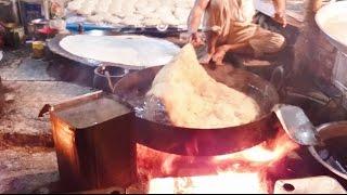 Making Of Halwa Paratha Mumbai Street Food | Indian Street Food | India 2016 [HD 1080p]