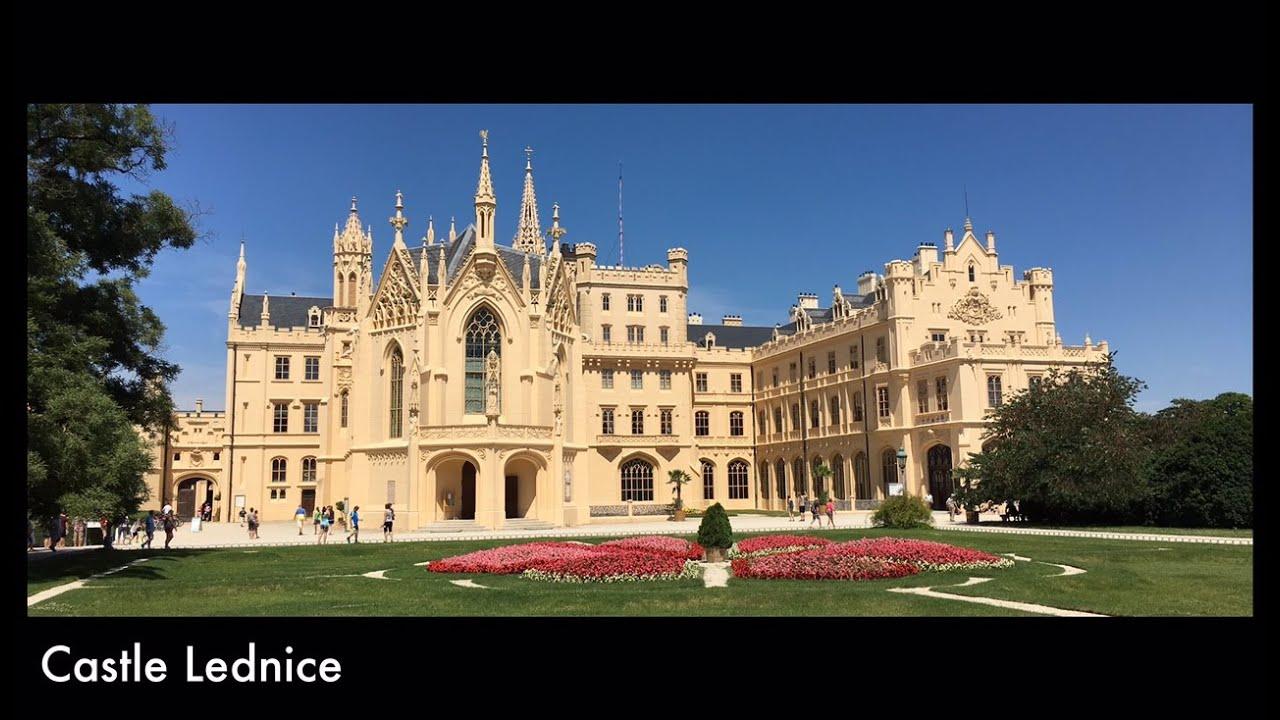 Castle Lednice and park / Lednický zámok a zámocký park