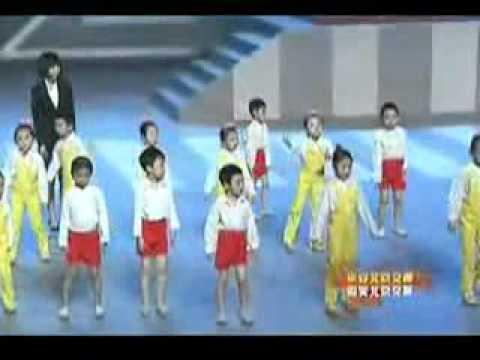 Jackie Chan Performs Hong Lu Deng Live