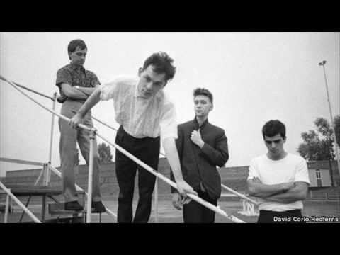 Associates - Boys Keep Swinging